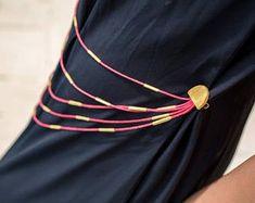 Cet article n'est pas disponible Strass Vintage, Hair Styles, Bags, Beauty, Etsy, Fashion, Unique Jewelry, Hair Plait Styles, Handbags