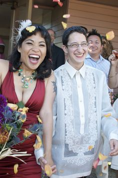 Juno & Noah's queer feminist interfaith wedding | Offbeat Bride