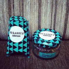 #condimentos #veganos #vegan #veganfood #veganfoodporn #veganfoodshare #plantbased #plantstrong #instafood #instafoodie #packaging #embalaxe #gomashio #vegabreu #Padgram