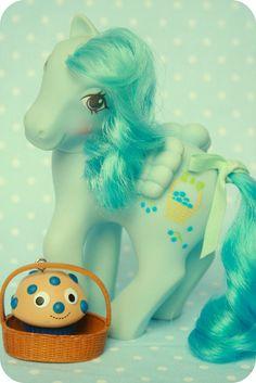 G1 My Little Pony - Blueberry Baskets
