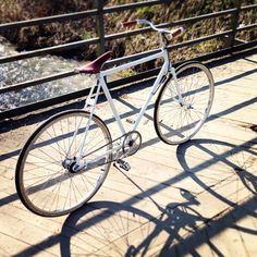 brooks, white bike