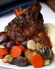 Elegant Braised Lamb Shank Dinner Recipe by Tasty Check more at Source by Eat better this summer with these delicious and healthy summer di. Lamb Recipes, Meat Recipes, Dinner Recipes, Cooking Recipes, Cooking Tv, Lamb Shank Recipe, Goat Stew Recipe, Ragu Recipe, Braised Lamb Shanks