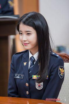 Korean Beauty, Asian Beauty, Women Ties, Girls Uniforms, Fandom, Korean Actresses, Sexy Asian Girls, Asian Woman, Korean Girl
