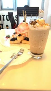 Pastry Run Fantoast's枫多士the Triangle Series Frappe, Mocha, Pastries, Blueberry, Breads, Triangle, Toast, Pudding, Desserts