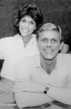 Dynamic duo Carpenters! Richard Carpenter, Karen Carpenter, Great Bands, Cool Bands, Karen Richards, Her Brother, Female Singers, My Heart Is Breaking, American Singers