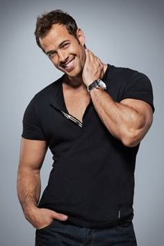 William Levy as Gunner Hawthorne.what can I say, he must be the most gorgeous man alive! Celebrity Smiles, Celebrity Crush, William Levi, Modelos Fitness, Hot Actors, Muscle, Raining Men, Single Women, Attractive Men