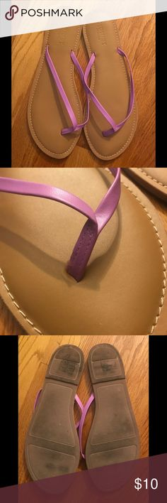 Old Navy Leather Flip Flop ☀️Old Navy Leather Flip Flop☀️ These Flip Flops are great and super comfy!  Worn once. Light purple, Size: 10 Old Navy Shoes Sandals