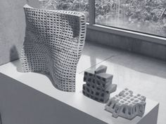 PolyBricks Cornell, PolyBricks architecture, 3D-Printed bricks, 3D printing, 3D printed building components, standardized building components, Sabin Design Lab, Jenny Sabin Studio, ceramic bricks, curved bricks, lightweight building material