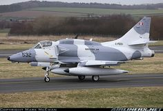 McDonnell Douglas A-4N Skyhawk II aircraft picture