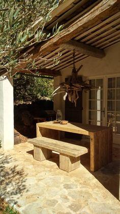 Overdekt terras guesthouse,,,,Domaine Oostdijk in het zuiden van Frankrijk