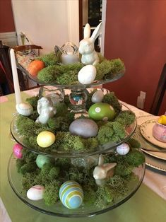 Centerpieces are the best way to decorate your tables. Here are the best DIY Easter Centerpieces Ideas which are perfect for Spring & Easter decor. Easter Peeps, Easter Party, Easter Table Decorations, Easter Centerpiece, Centerpiece Ideas, Easter Decor, Deco Floral, Easter Celebration, Easter Holidays