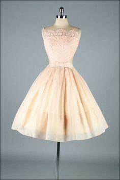 Vintage 1950s Dress . Lace Organza . 2994 by millstreetvintage