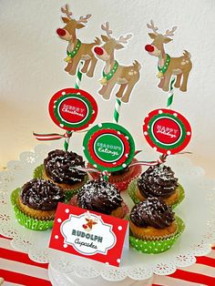 Rudolph printable festive cupcake toppers/circles.