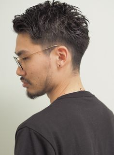 刈り上げグラデーションベリーショート(髪型メンズ) Asian Haircut Short, Short Hair Cuts, Short Hair Styles, Hear Style, Haircuts For Men, Haircut Men, Cute Shorts, Dapper, Cool Hairstyles