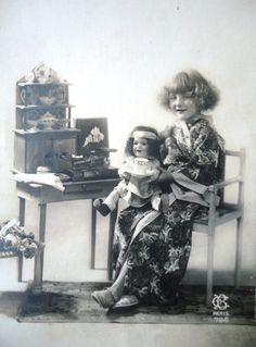 Antique french doll postcard  Little girl in by LizKnijnenburg, €3.75