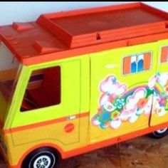 1970's toys I remember-- I didn't have one of these, but Conlons did. They had everything!