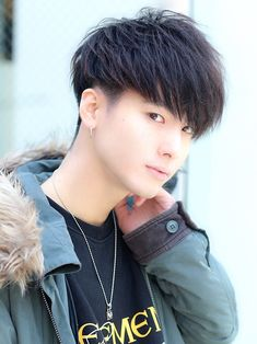 フェザリングサイド|メンズ・髪型 - LIPPS 表参道|MENS HAIRSTYLE [メンズ ヘアスタイル] Korean Boy Hairstyle, Japanese Hairstyle, Short Hair Cuts, Short Hair Styles, Shaving Cut, Kpop Hair, Hair Chalk, Asian Hair, Boy Hairstyles