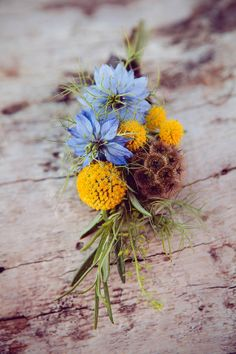 28.Wedding Buttonhole and Boutonnière Ideas ~ Vintage, Retro, Whimsical and Naturally Wild...