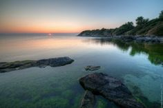 Рассвет на берегу моря - Летний пейзаж - Автор Артем Кашканов