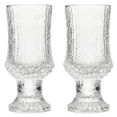 Buy the Ultima Thule White Wine Glass - Set of 2 from Iittala at AMARA. Lappland, Wine Cellar Racks, White Wine Glasses, Types Of Wine, Wine Deals, Wine Collection, Wine Glass Set, Wine Storage, Glass Design