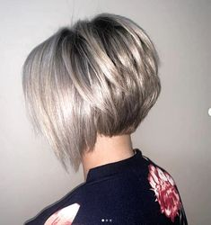 Hair Beauty - -Best Bob Haircuts and Hairstyles for Women in 2019 - Lead Hairstyles shortbobhairstyles Best Bob Haircuts, Inverted Bob Hairstyles, Bob Hairstyles For Fine Hair, Lob Hairstyle, Short Hairstyles For Women, Braided Hairstyles, Bob Style Haircuts, Drawing Hairstyles, Anime Hairstyles