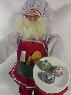 Kohls St.Nicholas Square Baking Chef Santa Claus Baker Gingerbread house Figure