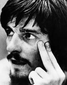 Pistol Pete Maravich - beloved basketball player and teen idol for me, rest in peace Life Pics, Life Pictures, Women's Basketball, Sports Baseball, True To The Game, Pistol Pete, Sports Page, American Sports, Sports Figures