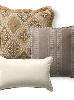 Beautiful and durable, the Set of Three Savona Spice Designer Pillows is the perfect way to spice up your outdoor seating while effortlessly withstanding the elements.