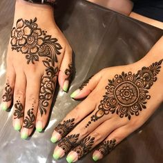 New and unique mehndi designs for the new age brides Bridal Henna Designs, Unique Mehndi Designs, Henna Designs Easy, Beautiful Henna Designs, Mehandi Designs, Tattoo Henna, Henna Mehndi, Hand Henna, Mehendi