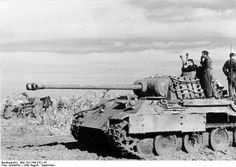 German Panzer V Panther Ausf. A tank during the retreat from Romania to Hungary, Aug-Sep 1944.