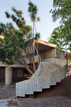 The Second Coming - Paulo Mendes da Rocha, São Paulo, Brazil restored a house he'd built decades before.