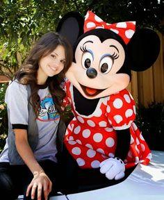 Selena Gomez - Comunidad - Google+