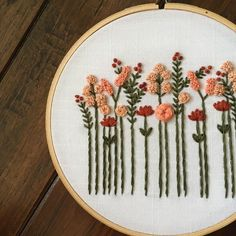 Wonderful Ribbon Embroidery Flowers by Hand Ideas. Enchanting Ribbon Embroidery Flowers by Hand Ideas. Hand Embroidery Stitches, Silk Ribbon Embroidery, Modern Embroidery, Embroidery Hoop Art, Hand Embroidery Designs, Cross Stitch Embroidery, Crewel Embroidery, Beginning Embroidery, Simple Embroidery