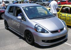 At the 2009 SASCA Autocross I met a new Novice autocross competitor. Ryan brought a vehicle I had yet to see entered in an autocross event. His ride is a 2007 Honda Fit. Honda Jazz Sport, Jazz Pants, Honda Fit, Car Photography, Custom Cars, Jdm, Cars And Motorcycles, Vehicles, Fitness