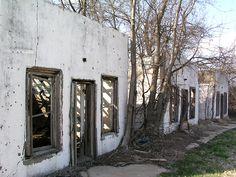 Abandoned Motel: Route 66
