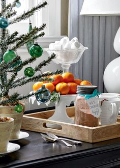 Turquoise, white, and green Christmas colors are an excellent choice for winter holiday decor Green Christmas, Christmas Colors, Christmas Decorations, Table Decorations, Holiday Decor, Winter Holiday, Christmas Ideas, Merry Christmas, Kitchen Hearth Room