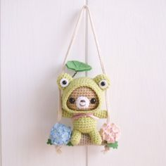 Kawaii Crochet, Cute Crochet, Crochet Crafts, Yarn Crafts, Crochet Projects, Crochet Animal Patterns, Crochet Doll Pattern, Crochet Monsters, Handmade Soft Toys