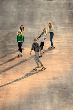 Longboard with your frineds - dimension two longboards