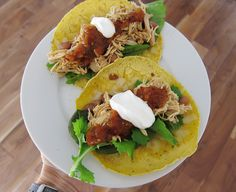 Amazing 3 ingredient crockpot chicken recipe that makes awesome tacos