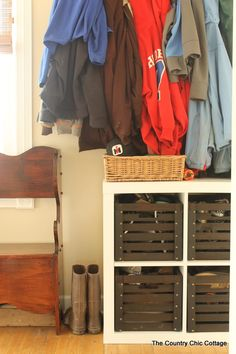 Mud Room Organization and Ideas -- incorporate these farmhouse style ideas into your own home!   The Country Chic Cottage