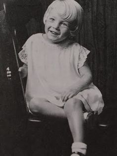 My Marilyn Monroe Marilyn Monroe Childhood, Marilyn Monroe Old, Marilyn Moroe, Kids Pages, Film Institute, Child Face, Hollywood Icons, Female Stars, Norma Jeane
