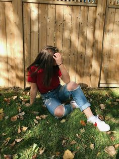 i like that cute outfit. Best Photo Poses, Girl Photo Poses, Girl Poses, Fashion Photography Poses, Tumblr Photography, Tumbrl Girls, Girls Foto, Foto Casual, Stylish Girls Photos