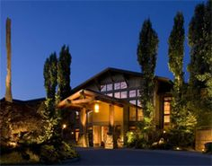 Woodinville, WA: Washington Wine Country is colossal, with 30,000 vineyard acres and more than 500 wineries. 20 miles northeast of Seattle, the city of Woodinville offers a bit of everything, from striking Pacific Northwest architecture to 3 compelling dining spots that share a parking lot with a superb hideaway! Where to Sleep: Willows Lodge, the kind of inviting place that's hard to leave, with lovely locally inspired architecture, and an Eden-like garden that has a couple of pet pigs.