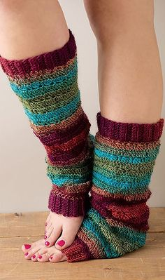 Craftdrawer Crafts: Super Cute and Cozy Easy to Make Fun Crochet Socks 9 Cozy Sock Designs to Crochet Patterns Crochet Crafts, Free Crochet, Knit Crochet, Crochet Blouse, Crochet Leg Warmers, Crochet Slippers, Fingerless Gloves Crochet Pattern, Crochet Puff Flower, Crochet Flower Patterns