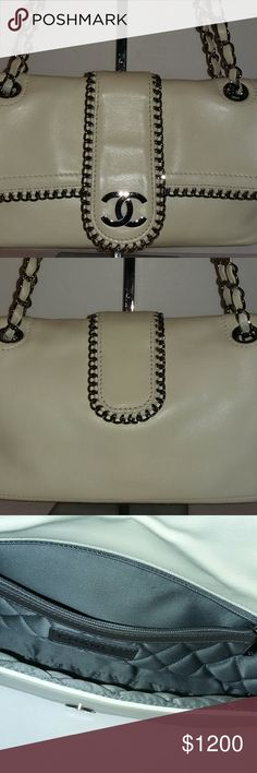 Chanel Shoulder Bag Chanel ivory soft lambskin shoulder bag. No trade Comes with authenticity card, tag and dust bag CHANEL Bags Shoulder Bags