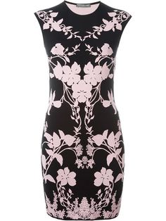 ALEXANDER MCQUEEN Floral Knit Dress. #alexandermcqueen #cloth #dress