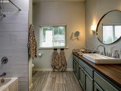 Transitional Full Bathroom With Raised Panel High Ceiling Rain Shower Head Drop