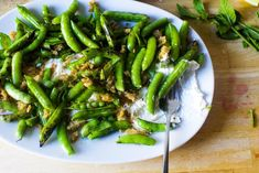 burrata with charred and raw sugar snap peas – smitten kitchen - All Recipes Pea Recipes, Summer Recipes, Vegetarian Recipes, Healthy Recipes, Savoury Recipes, Simple Recipes, Vegetable Recipes, Drink Recipes, Dressings