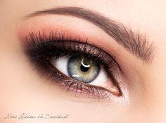 Sleek i-Divine Showstoppers Eyeshadow Palette