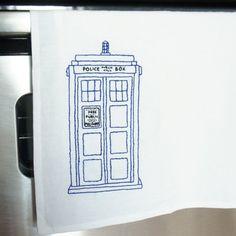 Free TARDIS Embroidery Pattern